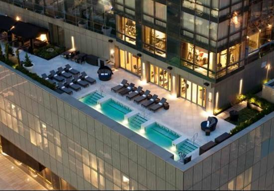 trump-soho-new-york-exterior-3